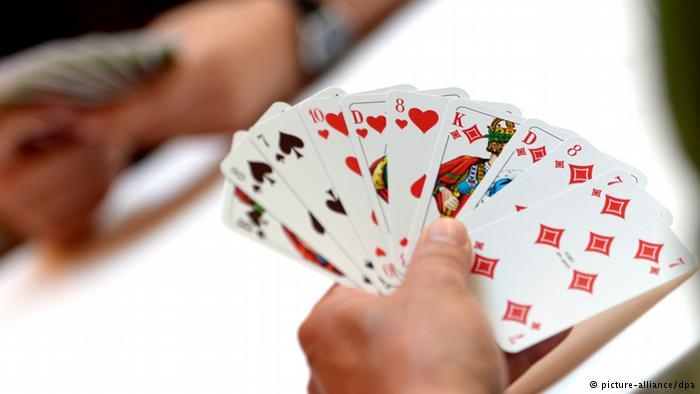 لعبة الورق تتسبب في إزهاق روح شخص بتزنيت
