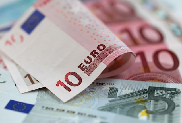 مافيا تهريب العملة تورط سياسيين مغاربة