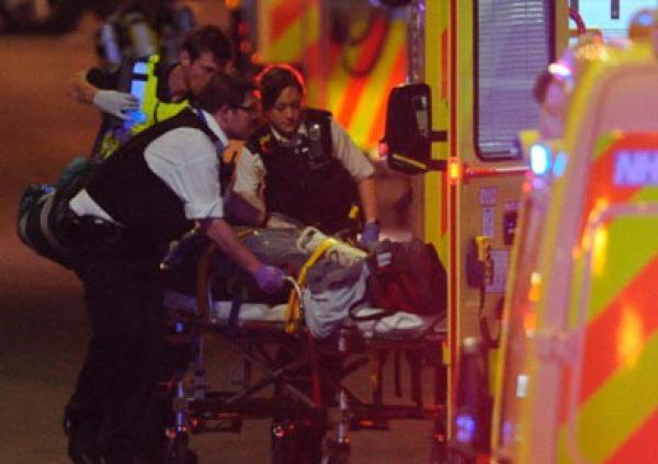 متطرف ينفذ عملية دهس مصلين في لندن اسفرت عن قتلى وجرحى