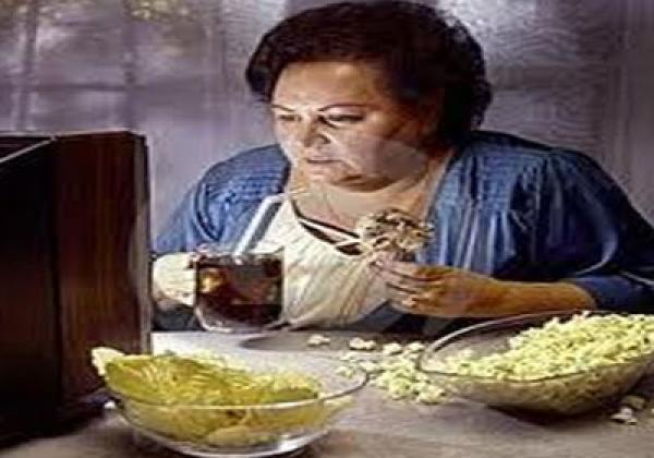 تناول الطعام بكميات قليلة يخفض السعرات الحرارية بنسبة 30%
