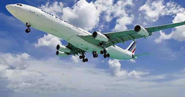 طيار كاد يهبط على طريق سريع معتقدا أنه مدرج المطار فى نيوزيلندا