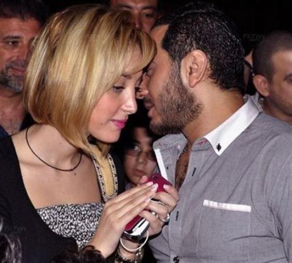 خلاف بين تامر حسني وزوجته بسمة بوسيل حول إسم مولودتهما