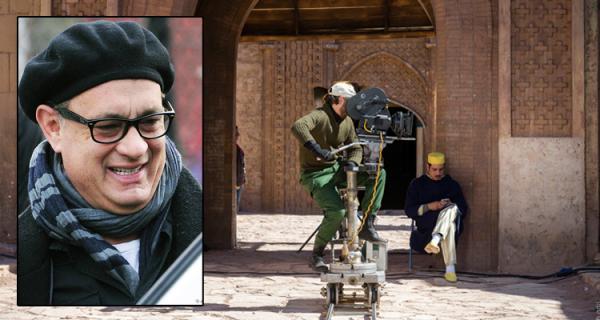 thumbnail.php?file=couverture_tom_hanks_ourzazate_899532173 النجم الأمريكي توم هانكس يؤكد أن زيارته للمغرب غيرت نظرته للعالم الإسلامي Actualités